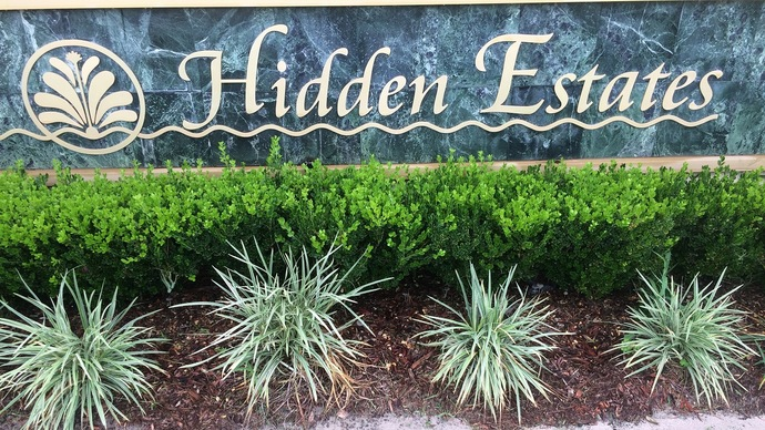 Hidden Estates In Dr. Phillips in Orlando Florida often has homes for sale under $400,000
