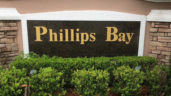 Phillips Bay In Dr. Phillips in Orlando Florida often has homes for sale under $400,000